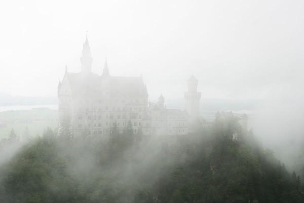 Замок Нойшванштайн – сказка наяву